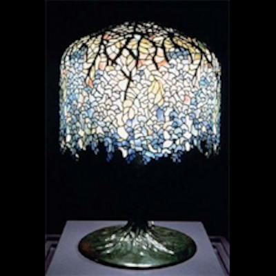 tiffany lamp wisteria pattern